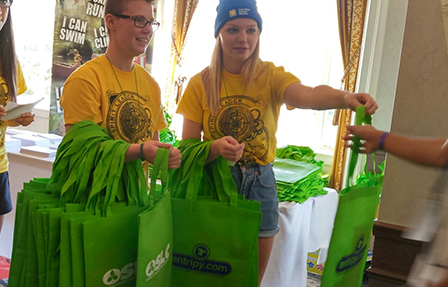 Entripy client's wearing custom t-shirts, embroidered toques and giving out custom totes as giveaways.