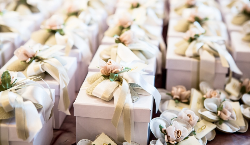 Top Customised Wedding favours for your wedding guests